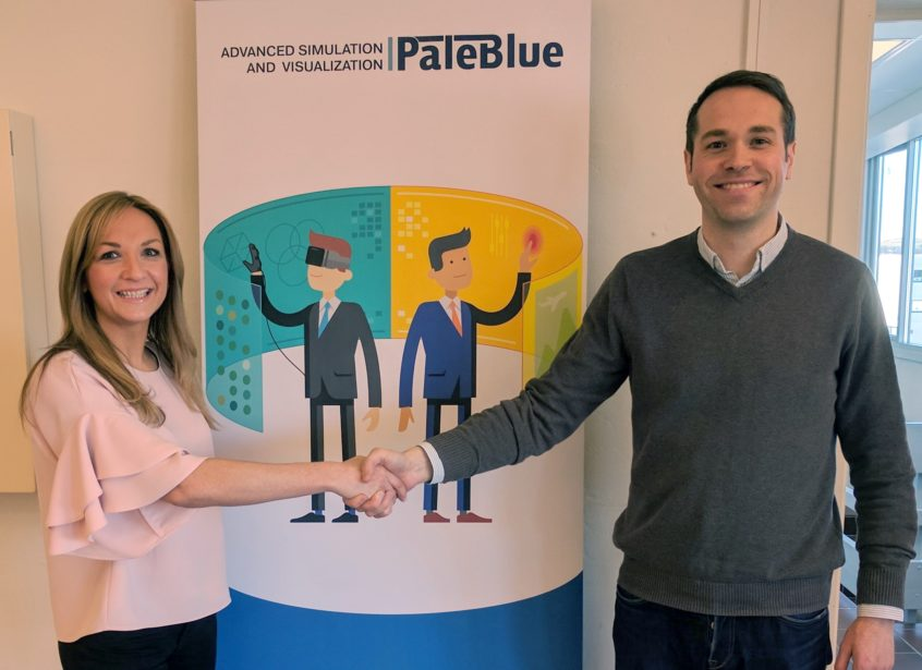 Sarah Hutcheon of DiveSource and Felix Gorbatsevich of PaleBlue.